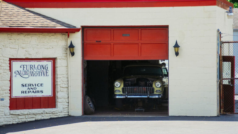 How Much Does an Insulated Garage Door Cost