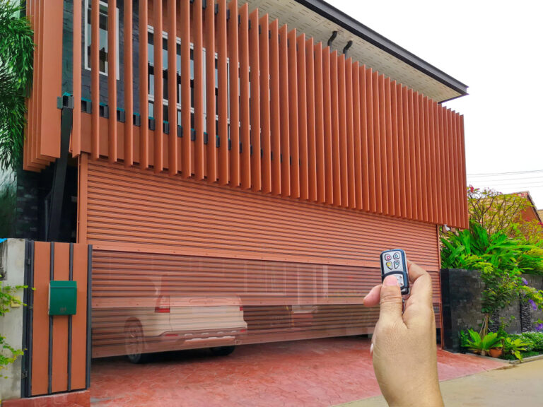 Garage Door Installation Experts in Dallas